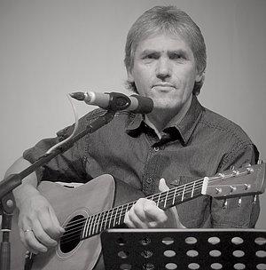 Peter Englert im Konzert Foto: Sozialwerk