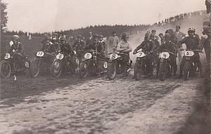 """""""Einstimmung auf das 100. Bergringrennen"""", Foto: Archiv"""