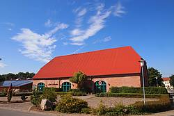 Gutsschaenke und Tennishalle