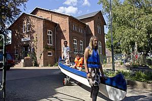 Auf zur Kanu-Tour... Foto Jugendherberge Teterow