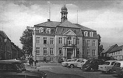 Das Rathaus nach dem Neuverputz zu DDR-Zeiten