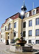 Rathaus mit Hechtbrunnen